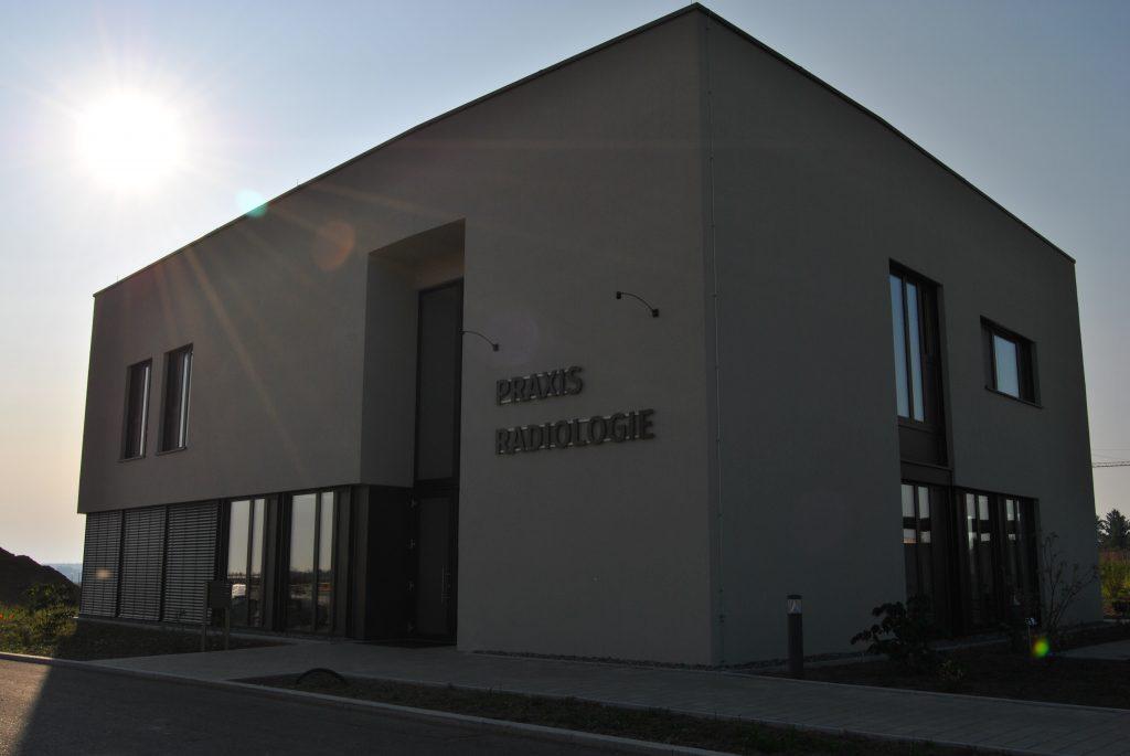 Neues Praxisgebäude der Radiologischen Gemeinschaftspraxis Fuchs und Bansemer in Biberach